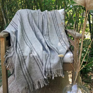 Plaid en lin lavé – Lina Luxe