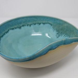 Plat en céramique artisanal