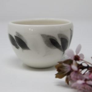 Tasse en porcelaine artisanale